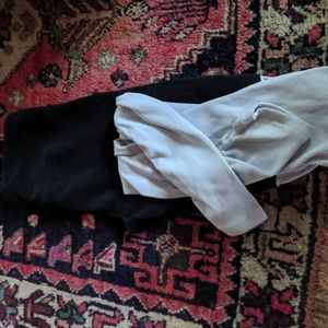 ALO black and white dancer leggings